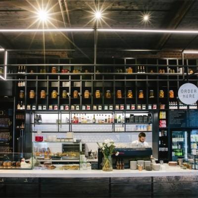 Picketts Bar & Back Bar Shelving